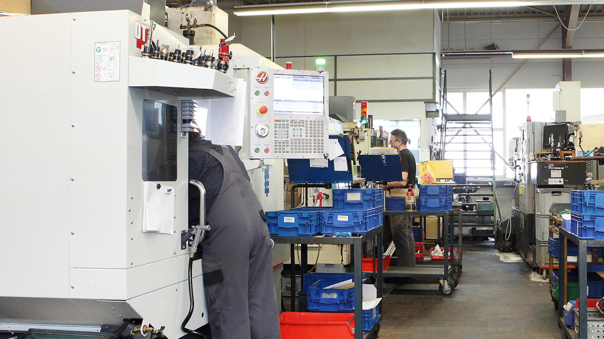Fertigung - Bruder Drehteile GmbH